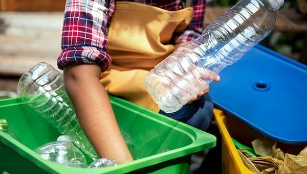 คัดแยกขยะพลาสติกได้ง่าย ๆ ด้วย 7 สัญลักษณ์พลาสติกรีไซเคิล